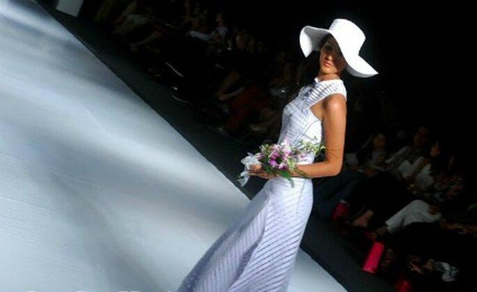 No solo trabaja lino, tambien algodón y satín. Foto: María del Pilar Agámez