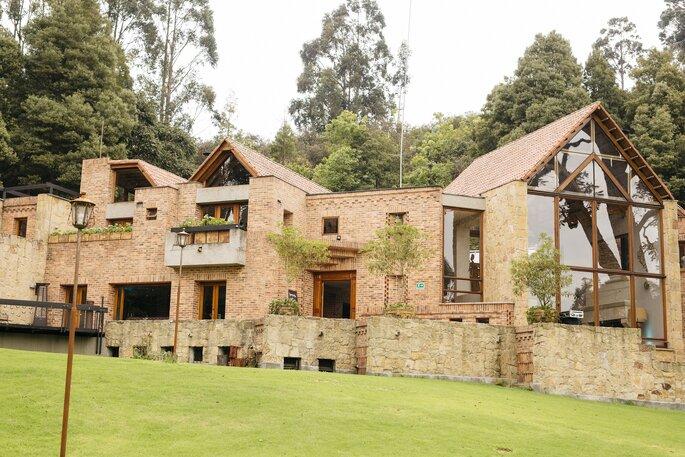 Casa Andrés. La casa que casa y otros festines