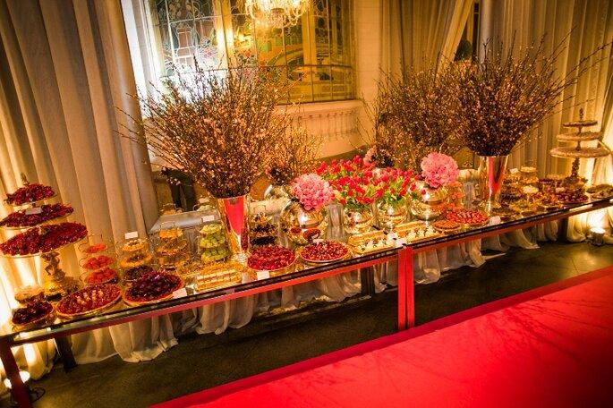 mesa-de-doces-lancamento-livro-carol-hungria