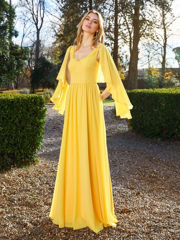 Robe de soirée de couleur jaune