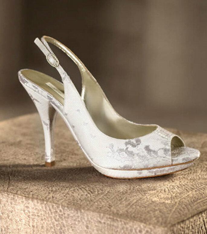 Sandalia de tacón en satín para novia