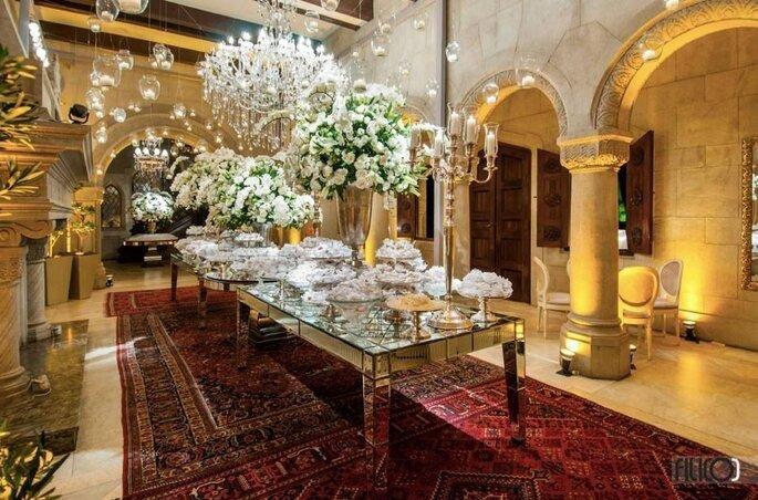 linda mesa clássica para casamento