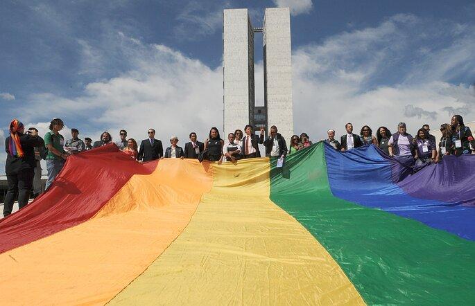Bandeira_LGBT_no_Congresso_Nacional