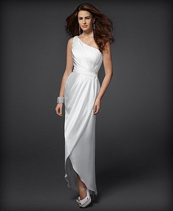 Vestido de novia elegante de un hombro - Foto: Colección Rami Kashou para Bebe