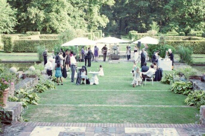 Cocktail de mariage : un des moments phares du Jour J - Photo : Anne-Sophie Bost