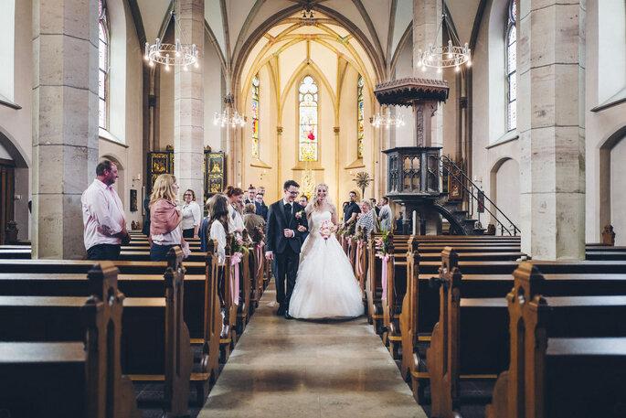 Eine kleien Hochzeit feiern, kirchliche Trauung