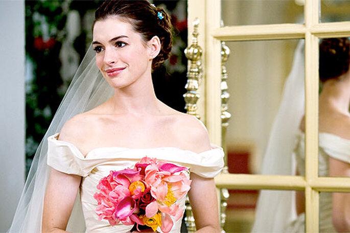 Anne Hathaway a déjà joué les mariées dans le film 'Guerra de novias', avec une robe Vera Wang. Photo: 20th Century Fox