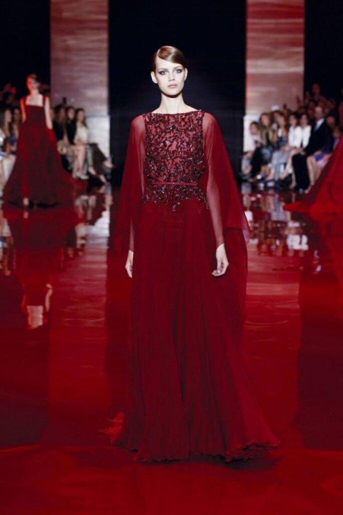 Vestido de gala color rojo oscuro colección Elie Saab otoño-invierno 2013/2014 Foto - Elie Saab