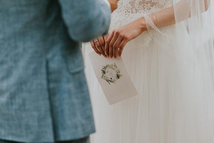 Tiny Wedding im Boho Stil Alte Gärtnerei München freie Trauung Ehegelübde