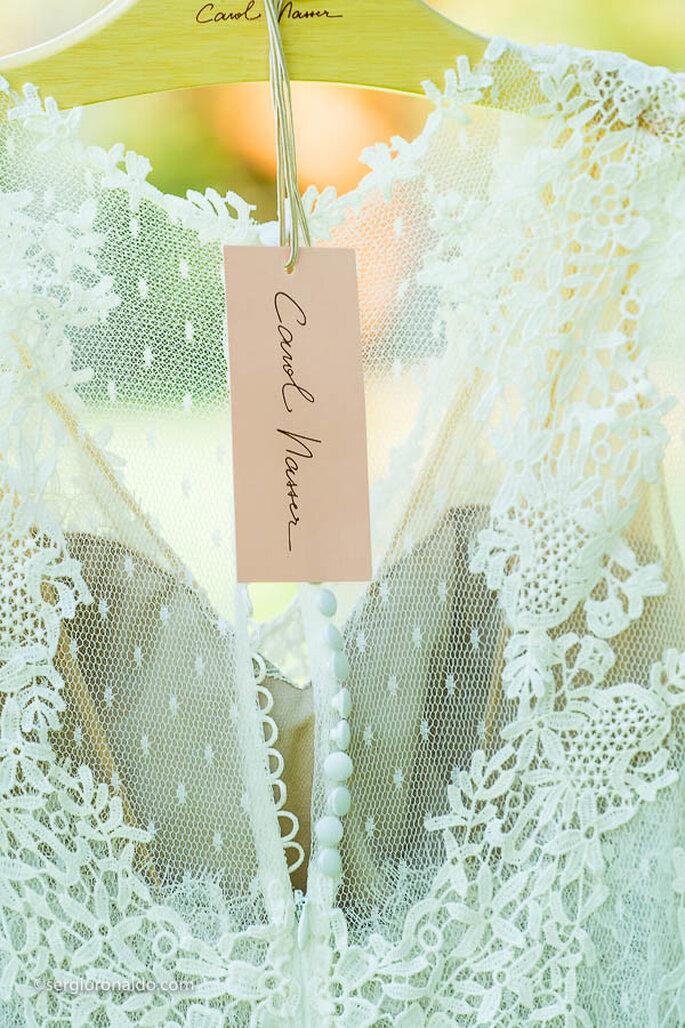 Vestido de noiva: Atelier Carol Nasser - Foto: Sérgio Ronaldo Fotografias