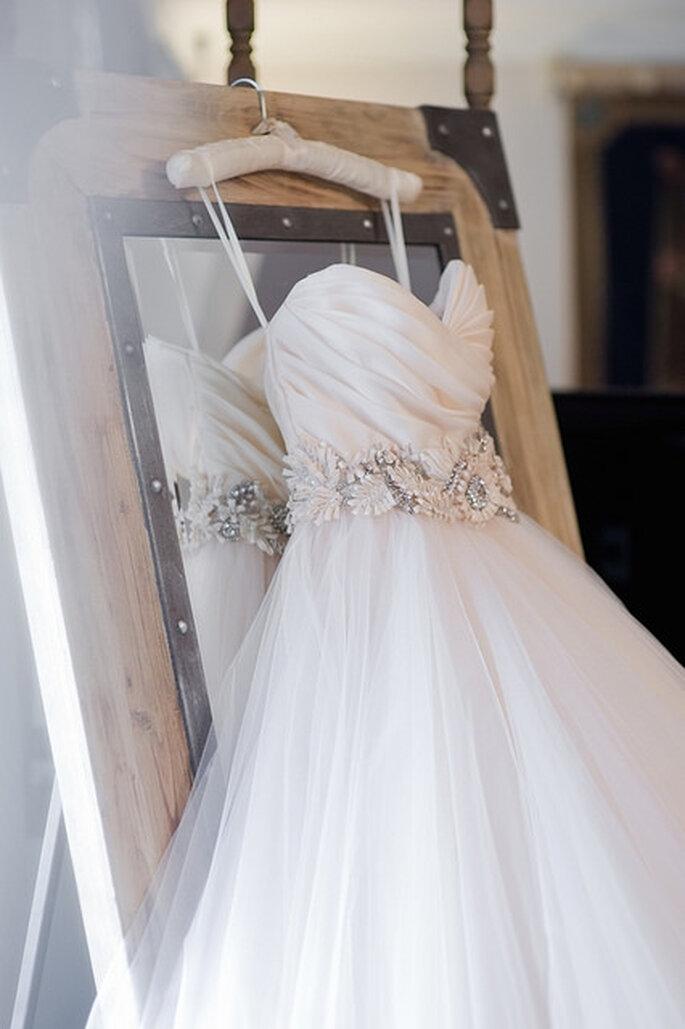 Foto del vestido de novia antes de la boda. Foto: Vicky Bartel Photography