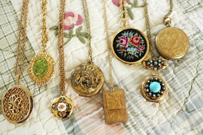 Originali ciondoli come bomboniere naturalmente dorati. Foto: Becca Spears via stylemepretty.com