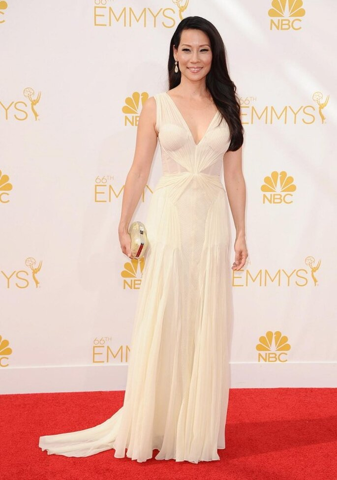 Lucy Liu en la red carpet de los Emmys 2014 - Foto Zac Posen