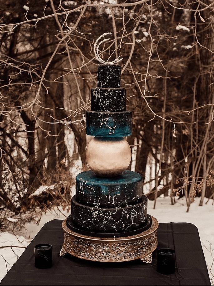 Hochzeitstorte Celestial Style