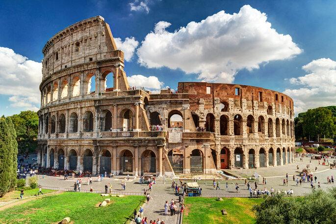 10 de las ciudades más románticas en Italia para tu luna de miel (Roma) - Shutterstock