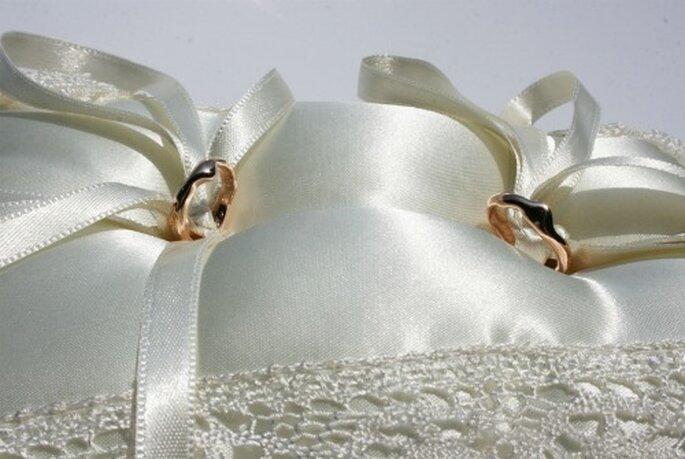 Sognate gioielli originali come queste fedi in oro rosso? (modello Fusion)