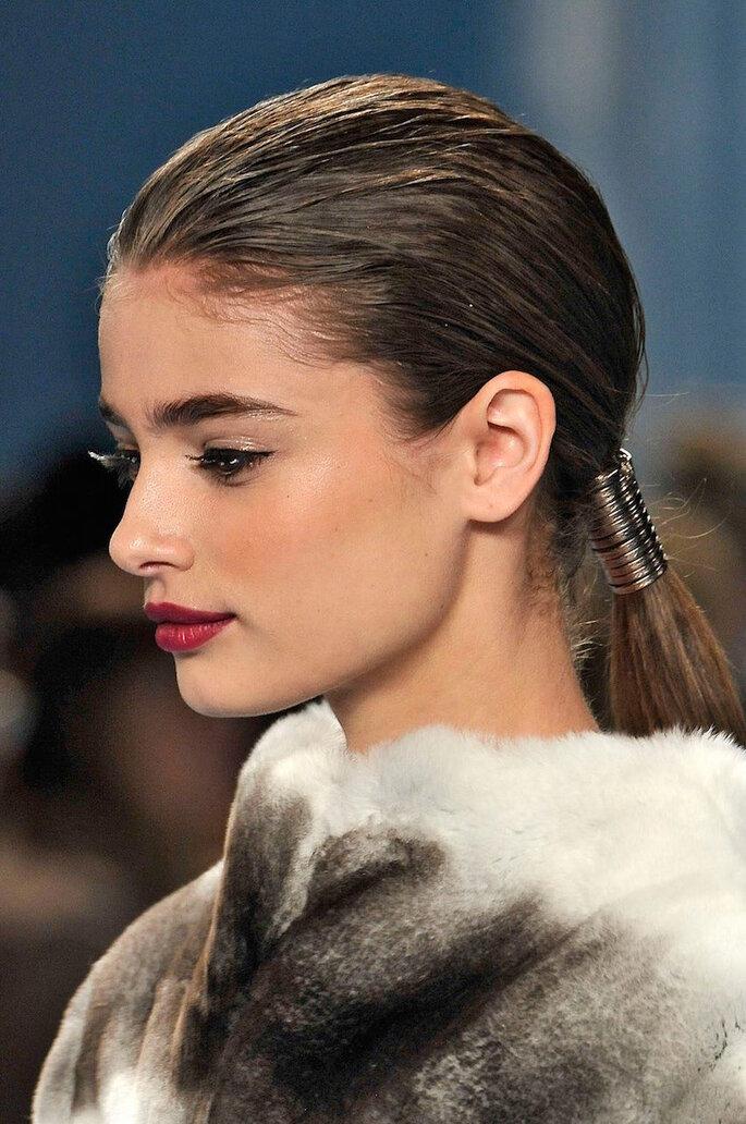 9 tendencias de belleza que transformarán el 2015 - Carolina Herrera Facebook oficial