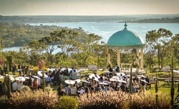 Cerimônia ao ar livre no Villa Giardini Ecoparque