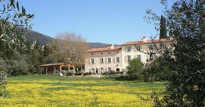 Bastide Saint Mathieu - mariage - couple - plein air - PACA - Provence-Alpes Côte d'Azur