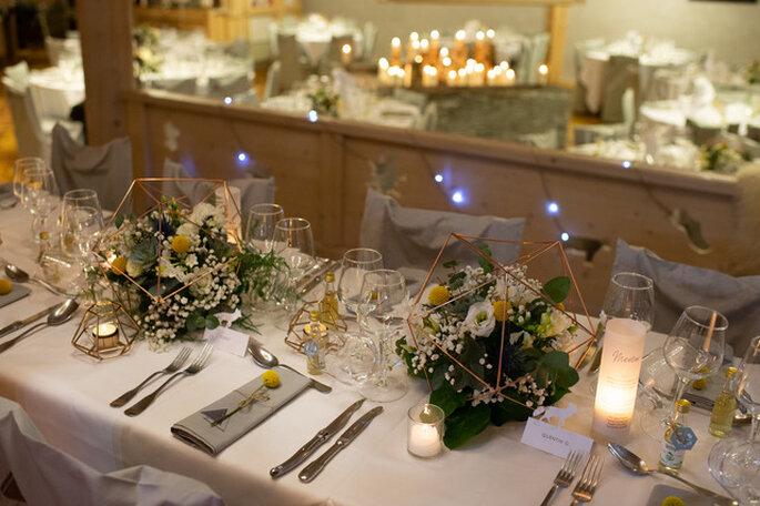 Table décorée pour un mariage à la montagne