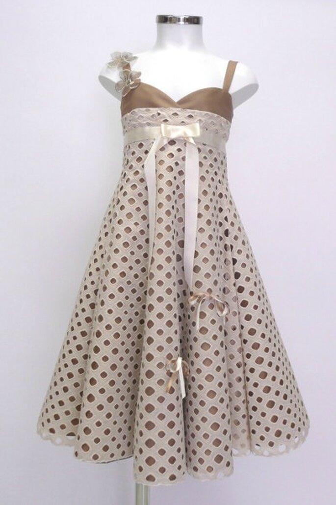 Une adorable robe de cortège - source : Princes & Princesses