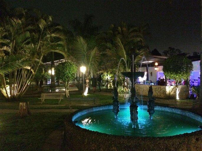 Área externa estruturada para os convidados