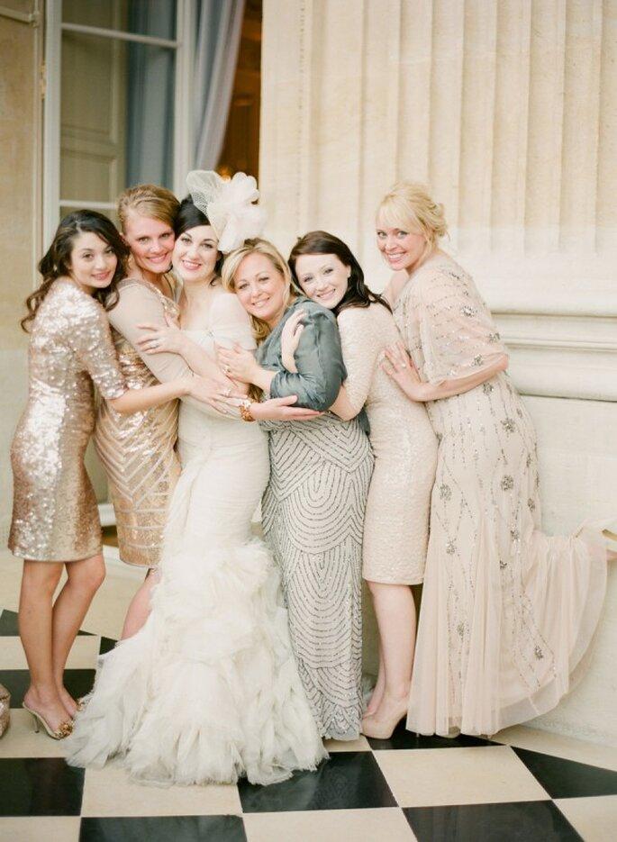 Vestidos en colores neutros para tus damas de boda - Foto KT Merry