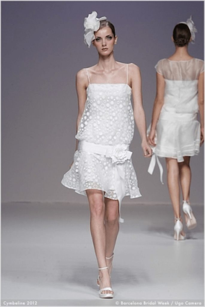Bild 3 Brautkleider Kollektion Cymbeline 2012