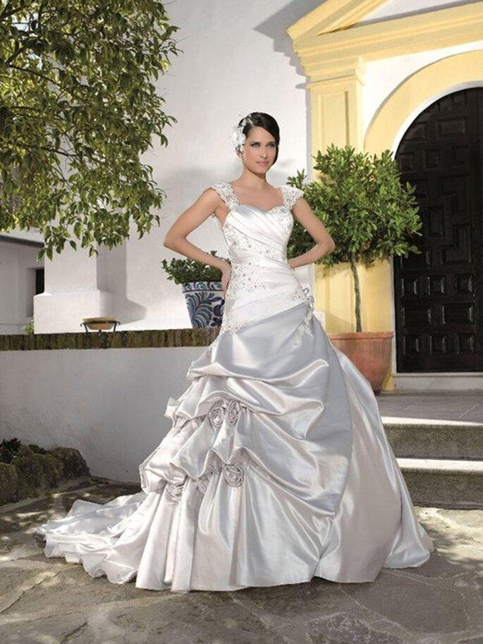 Pompöses Brautkleid von Miss Kelly, Saison 2012