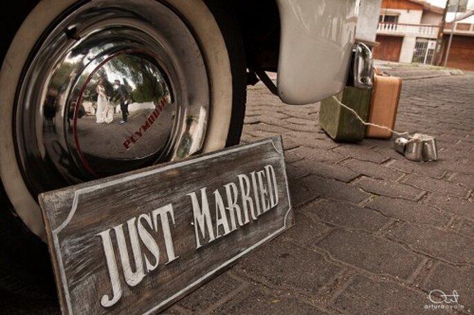 Toma en cuenta el coche que utilices para llegar a la iglesia - Foto Arturo Ayala
