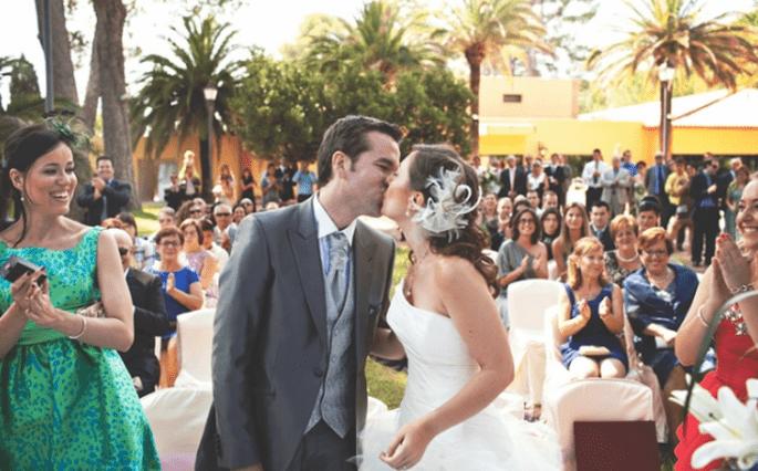 Benimm-Regeln für das Hochzeitspaar. Foto: Fran attitudefotografía.com