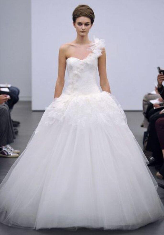Vera Wang Wedding Dresses Fall 2013