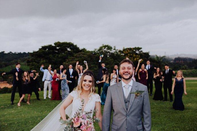 Ensaio dos noivos e convidados