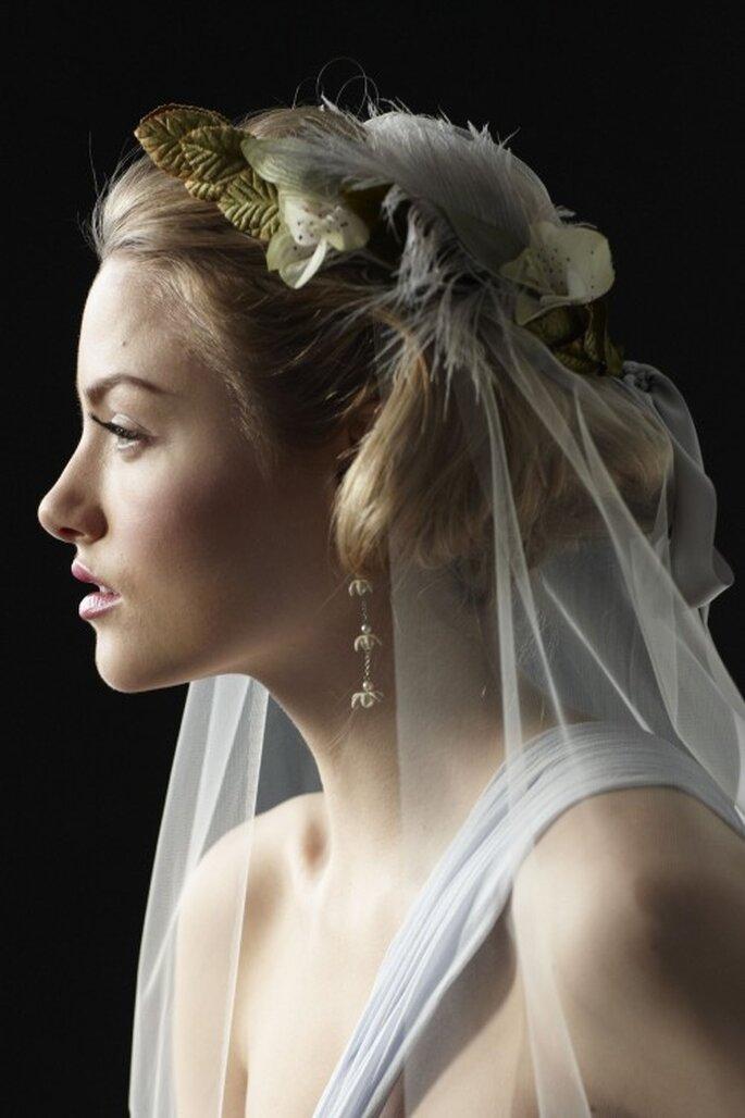 Der Brautschleier sollte zum Stil der Brautfrisur passen – Foto: bhldn