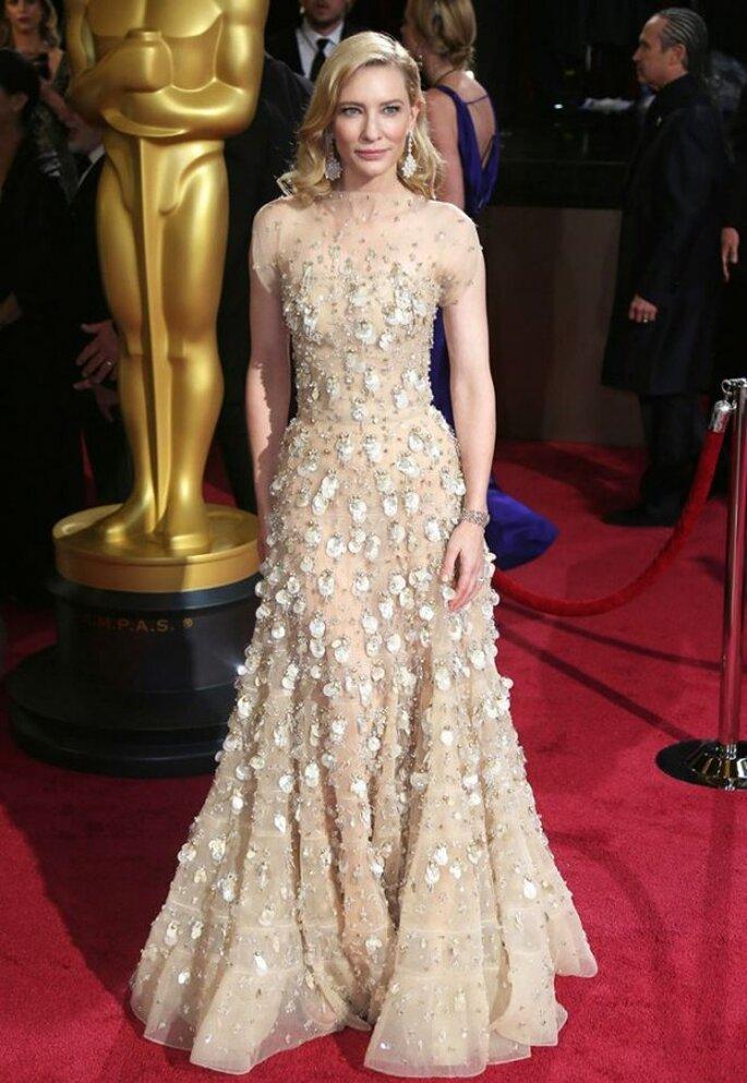 Cate Blanchett en la red carpet de los Oscar 2014 - Foto Armani