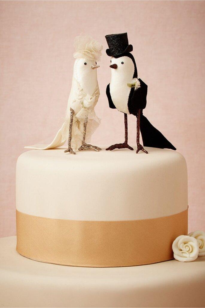 Muñecos originales para el pastel de bodas - Foto BHLDN