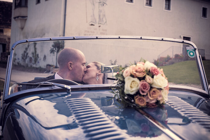 Romantisch auf dem Land heiraten- Foto: Valphotography
