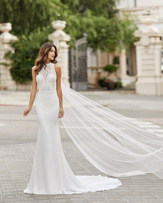 Vestidos de novia con escote ilusión