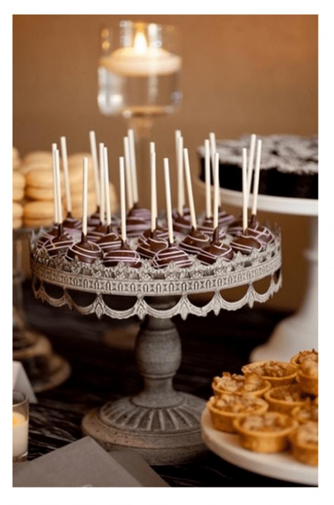 Cake pops para incluir en tu mesa de postres - Foto Erin Johnson