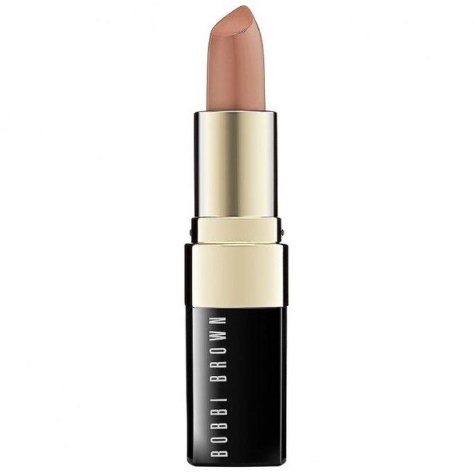 Aplica lipstick en color nude en tu makeup de novia - Foto Bobbi Brown