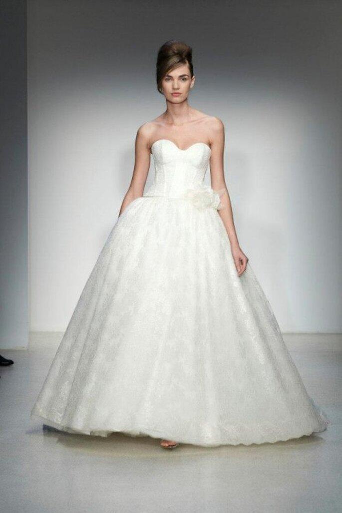 Vestido de novia corte princesa para otoño 2013 - Foto Kenneth Pool