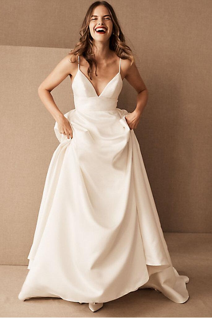 Vestido de novia barato de tirantes y escote con corte en A
