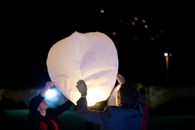 21- lancer de lanternes - organisation mariage versailles