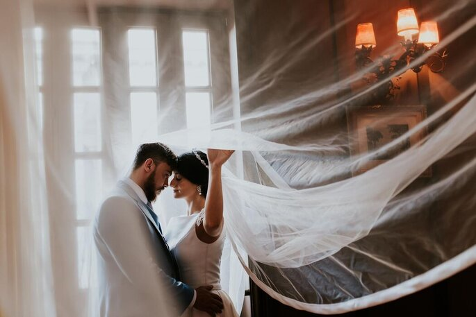 Registro apaixonado dos noivos