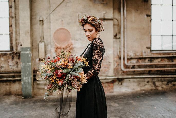 Im Schwarzen Hochzeitskleid Zum Altar Diese Boho Braut Zeigt Wie Es
