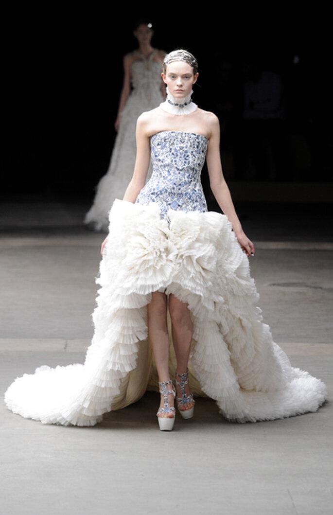Alexander McQueen 2011 - estilista Sarah Burton