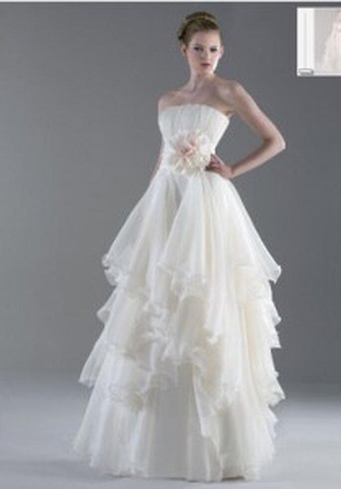 Vestido de novia - Esther Rodríguez - Vestido largo con aplique flor