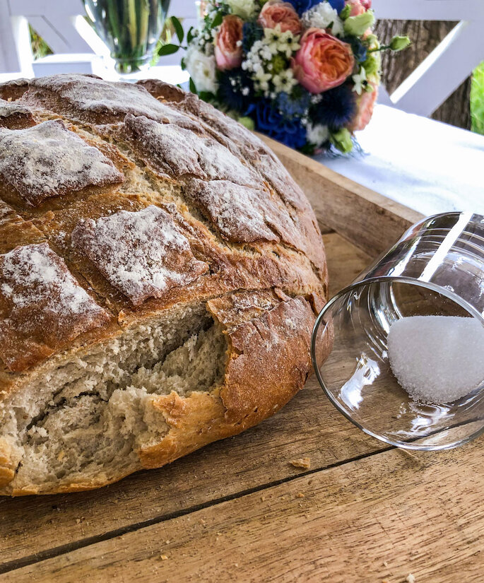 Hochzeitsbräuche in Deutschland Brot und Salz