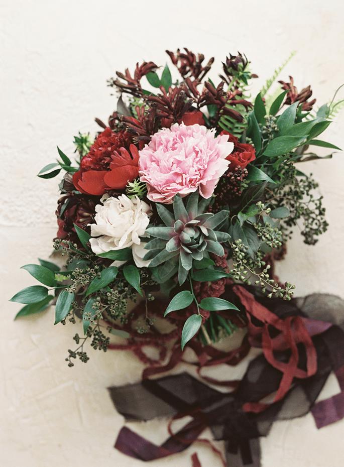 Inspiración en color rojo intenso para tu boda - Foto Lani Elias Fine Art Photography