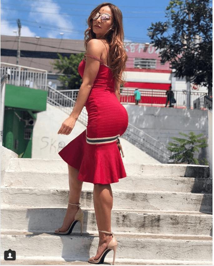 Inspiração para 2018  10 looks da musa Sabrina Sato 9e08a9e00c